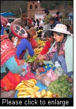 Local market in Lares, Province of Cuzco, Peru. (Photo: Michel Pimbert, IIED)